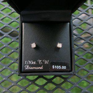 NEW 1/10 ct Diamond  Silver Stud Earrings